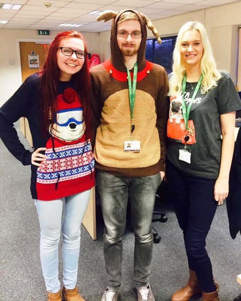 Christmas Jumper Day 2019 Uk.Save The Children Christmas Jumper Day Tree Of Life Uk